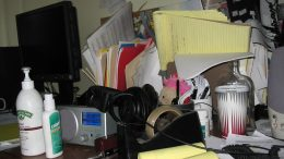 Featured Image How much clutter cost 2017-08-25